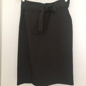 Banana Republic olive green belted skirt